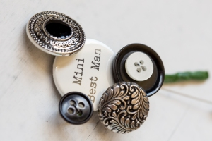 page boy button buttonhole