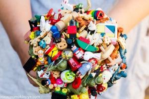 toy wedding, bridal bouquet, alternative bouquet