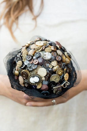 steampunk wedding, alternative bouquet